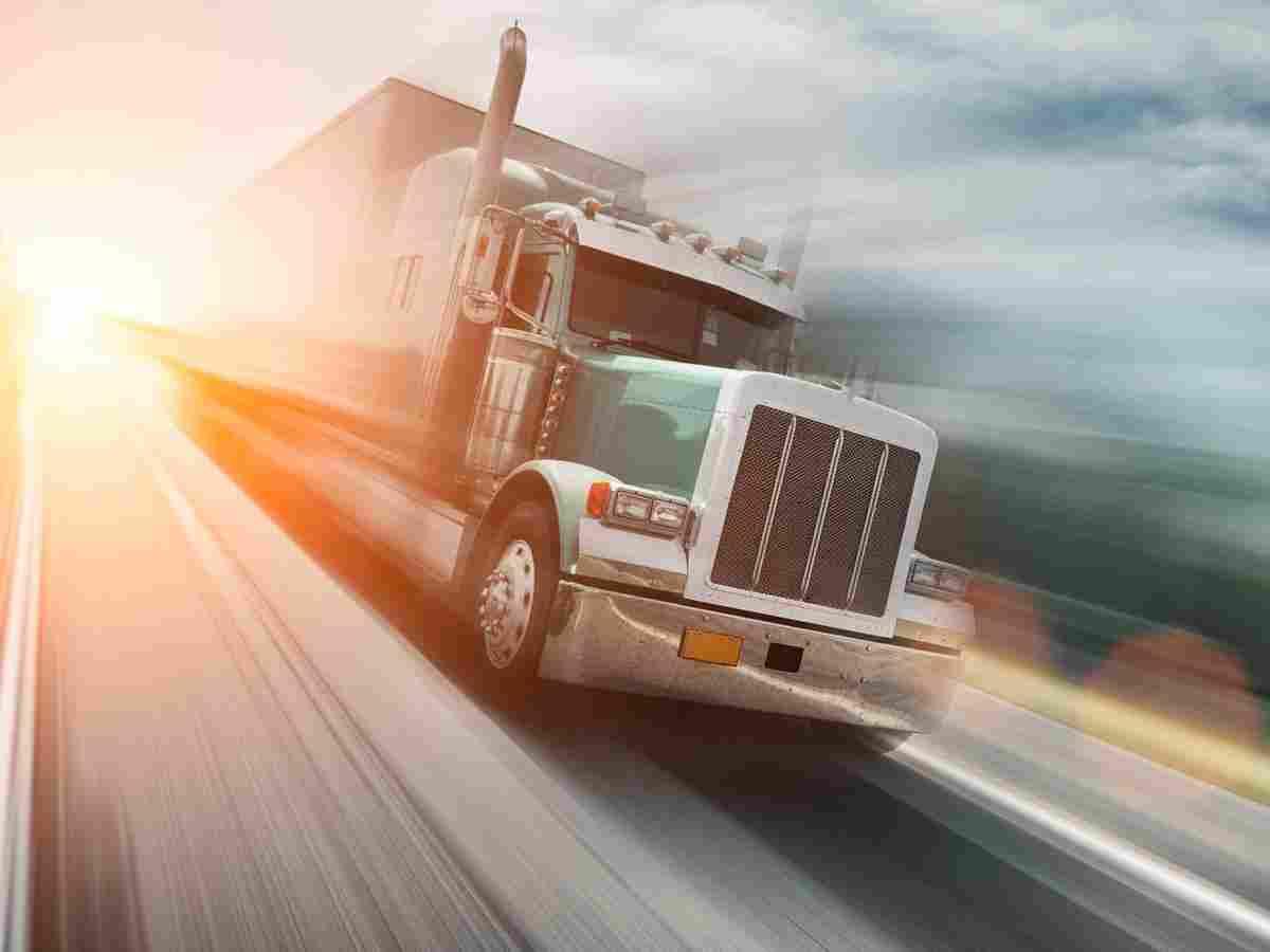 https://luna.al/wp-content/uploads/2017/08/inner_big_trucks_08.jpg